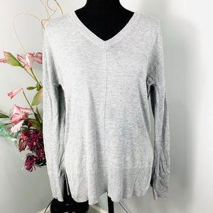 Trouve Heather Grey V Neck Pullover Knit Sweater